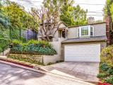 Just SOLD! Beautiful Los Feliz Traditional – 3976 Prospect Ave – Offered for $1,199,000 – Sold for $1,236,000
